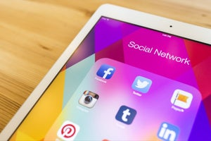How to Create a Social-Media Marketing Plan From Scratch (Infographic)