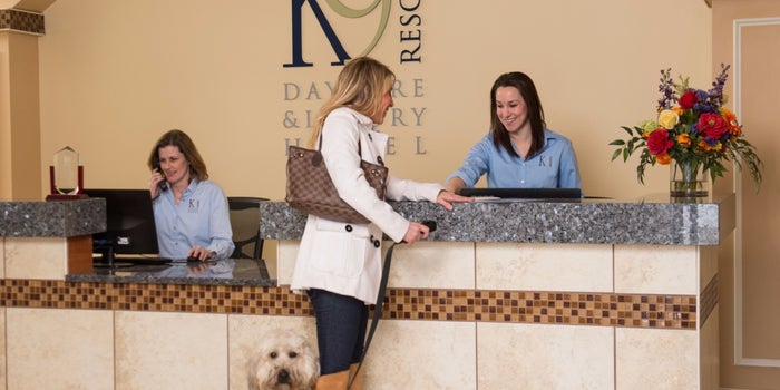 A Franchisee Who's Doggone Glad She Found a Business She Could 'Wuv'