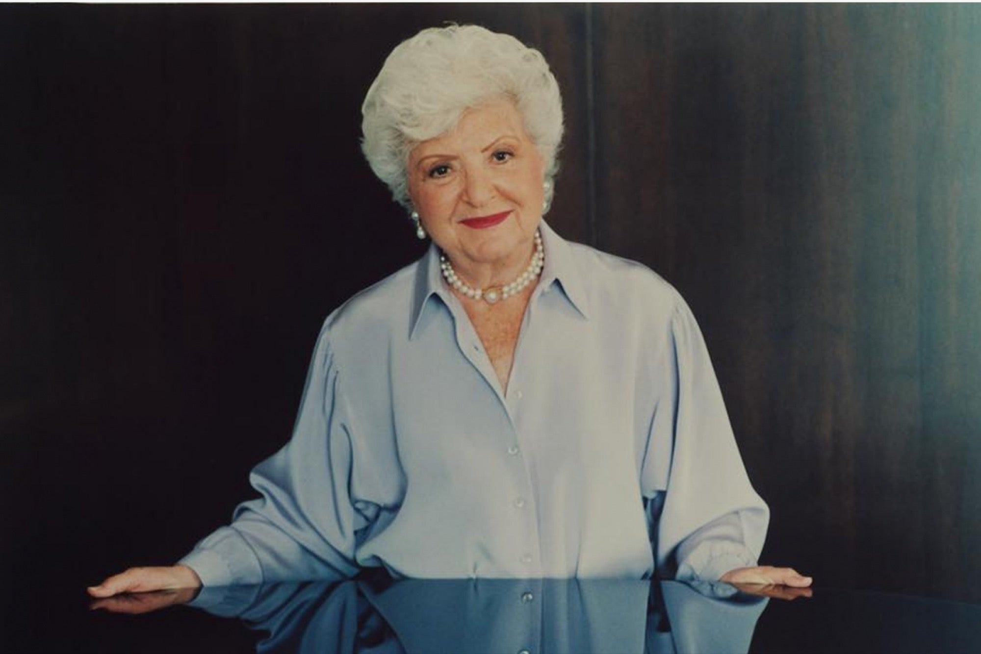 Amateur older woman pic
