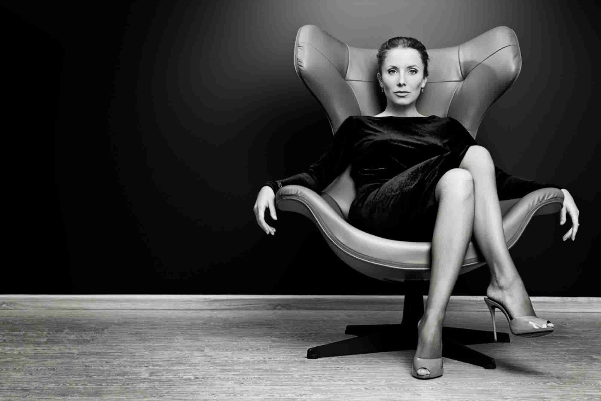 Tips for Mastering Body Language and Confidence