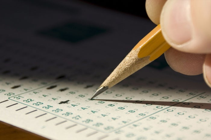 SAT Scores Fall to Lowest Level in 10 Years