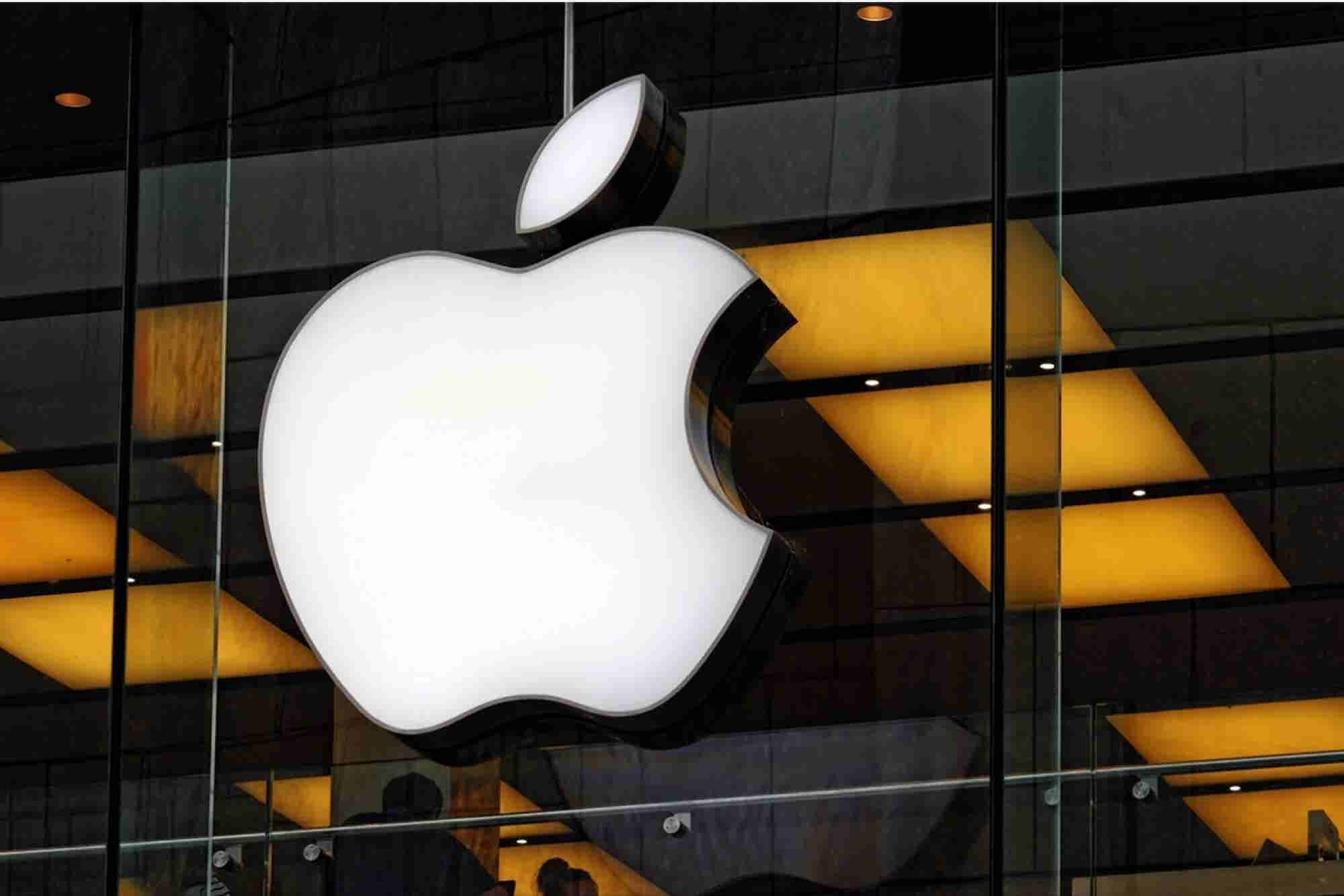 Icahn: We're Out of Apple, and it's China's Fault