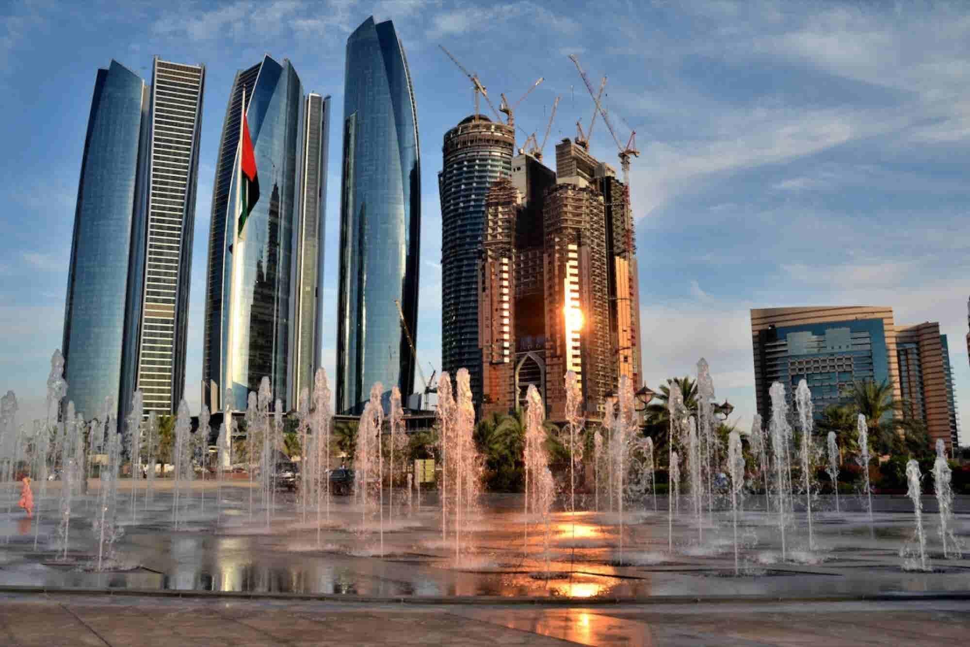 Abu Dhabi To Host The Global Women In Leadership Economic Forum 2015