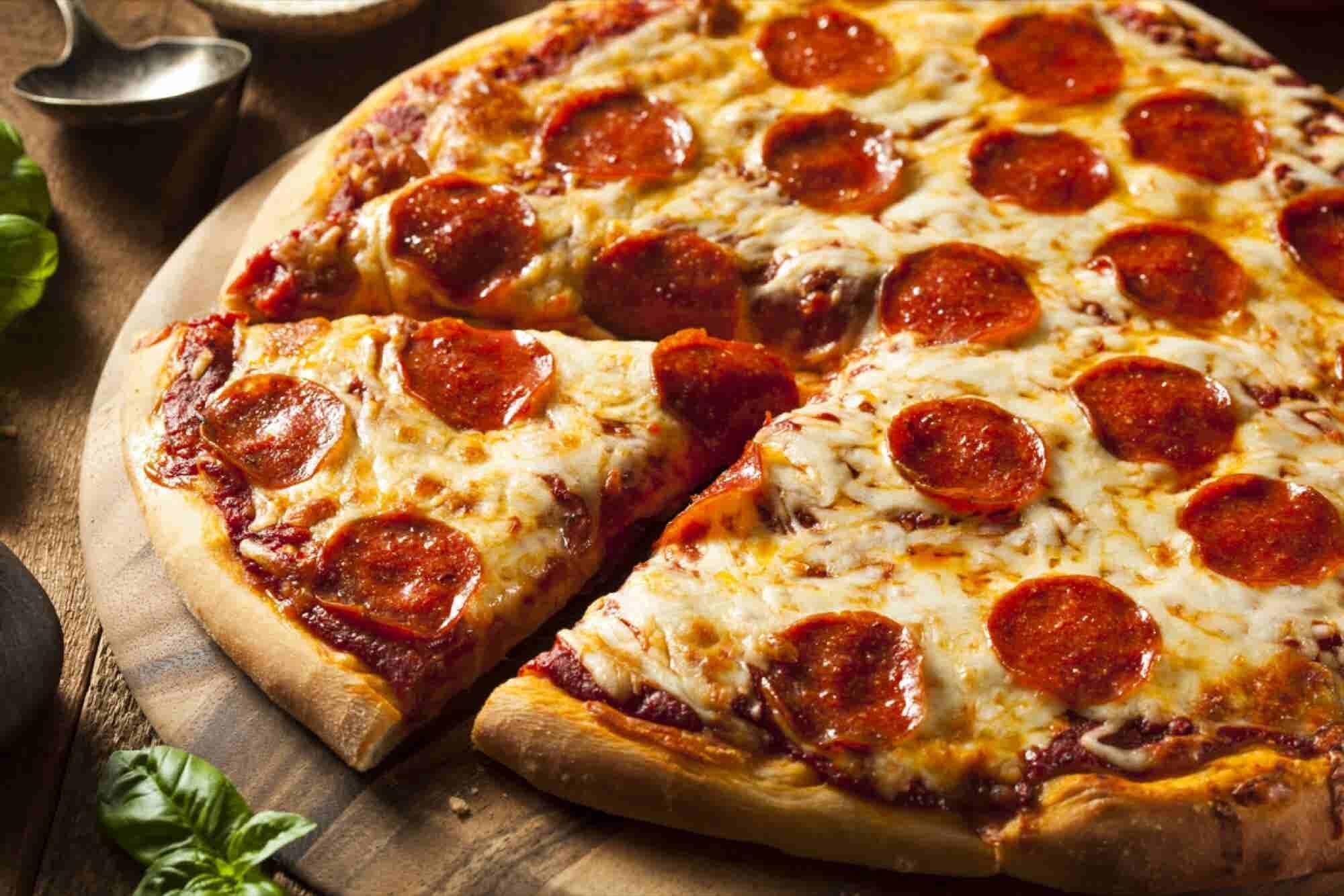 Franchise of the Day: Get a Slice of This Restaurant's Pizza