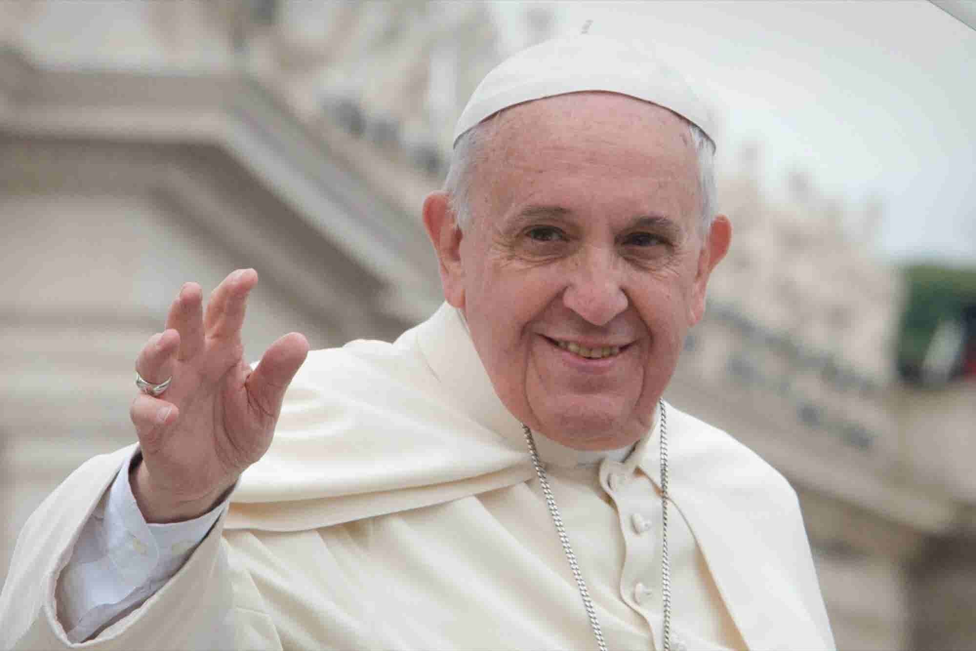 The Pope's Visit Could Delay New iPhone Deliveries in New York