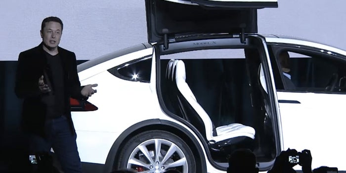 Tesla's Sweet Model X Ride for the Whole Family Is Finally Here