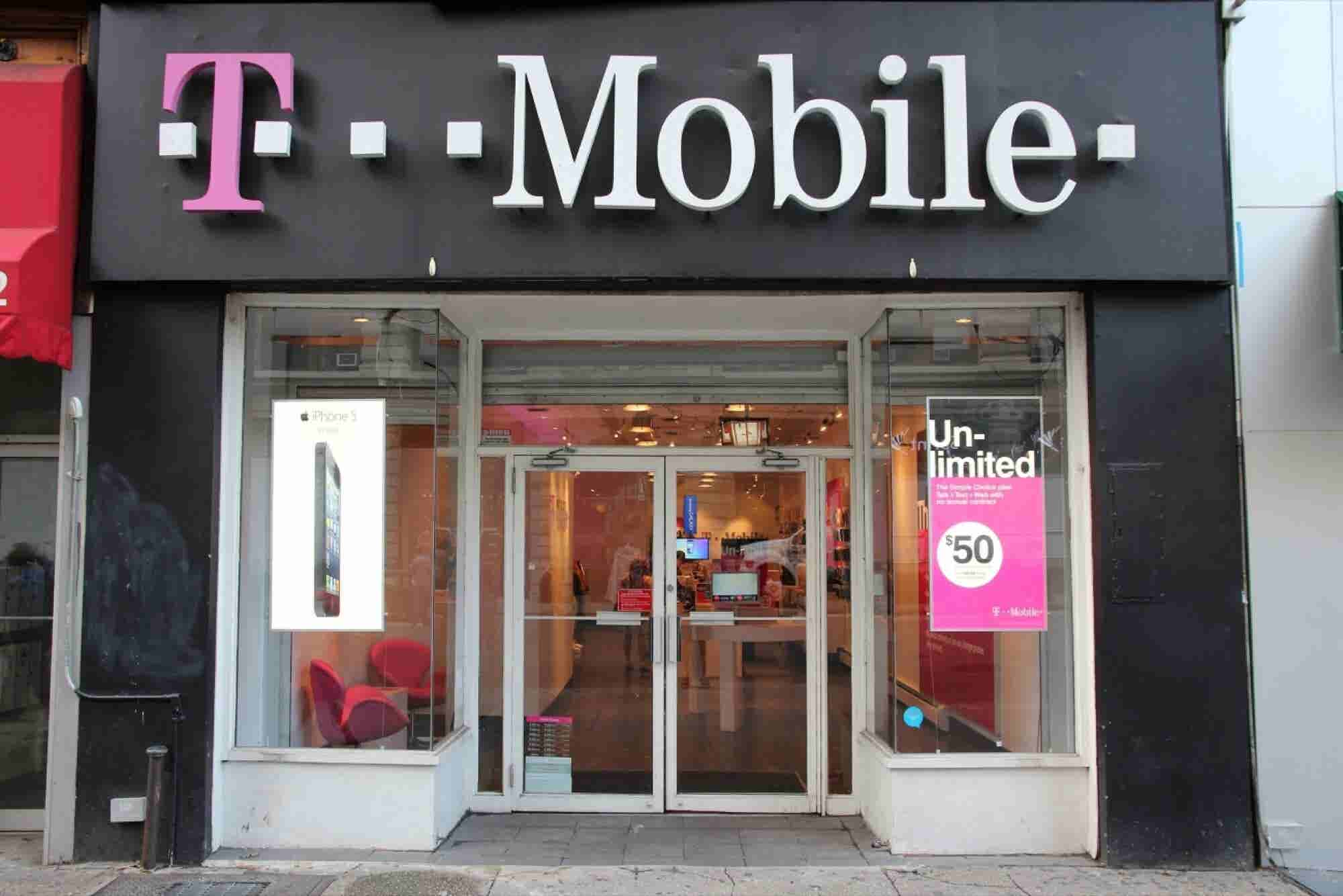 15 Million T-Mobile Customers' and Applicants' Personal Data Exposed in Epic Experian Hack