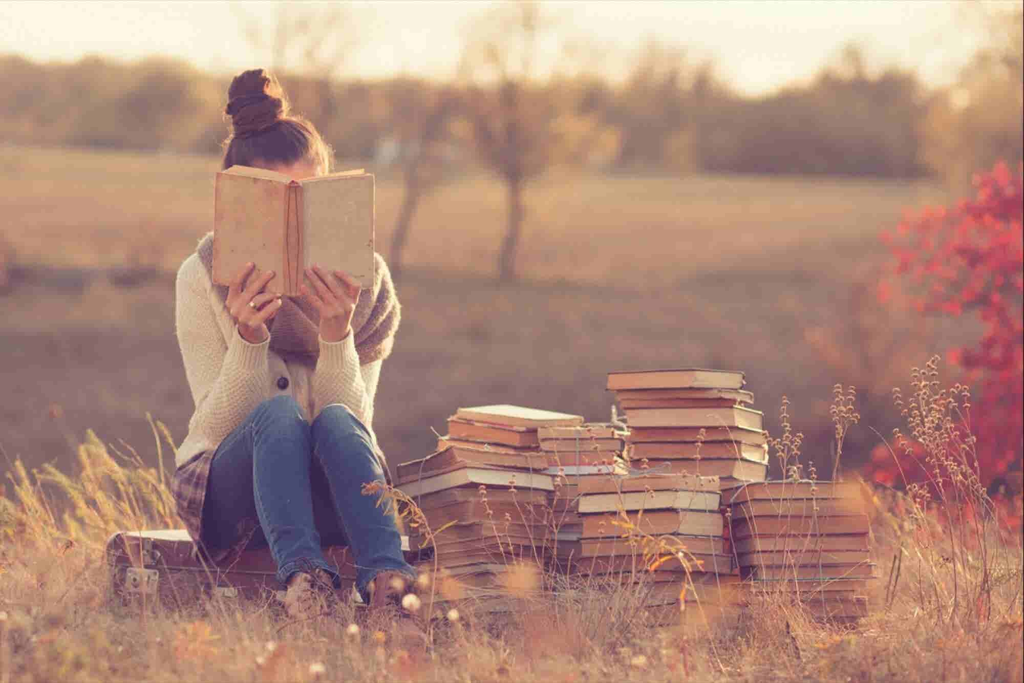 Reading Books Makes You Smarter, Richer and Surprisingly Healthier