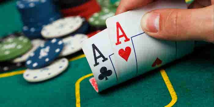 Why Entrepreneurs Are Placing Their Bets on Poker