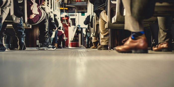 6 Reasons Entrepreneurs Succeed Sooner Taking the Bus