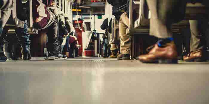 Uber Pushes Into Public Transit With New App Partnership