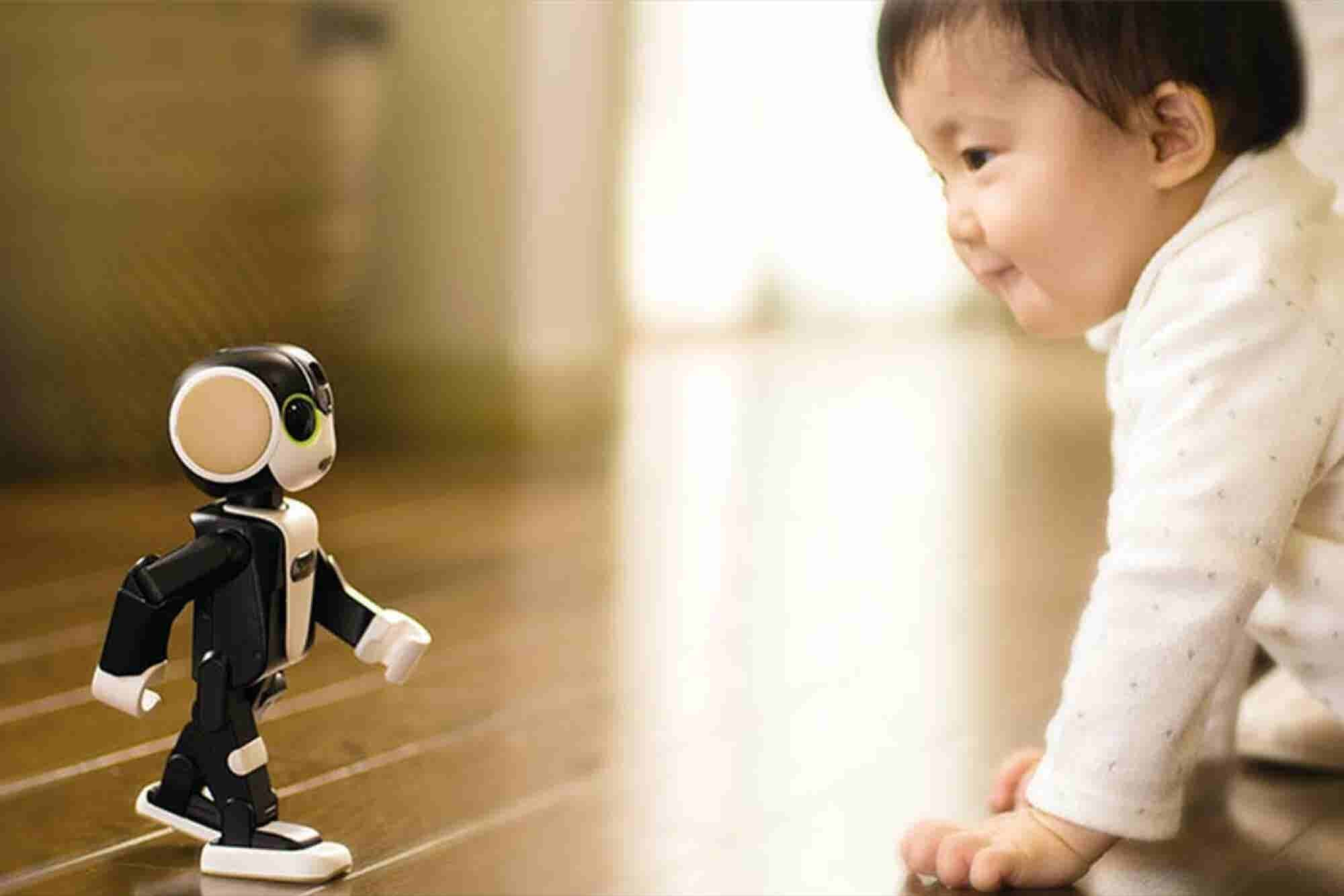 This Robot Smartphone Dances and Talks -- Weekly Headlines