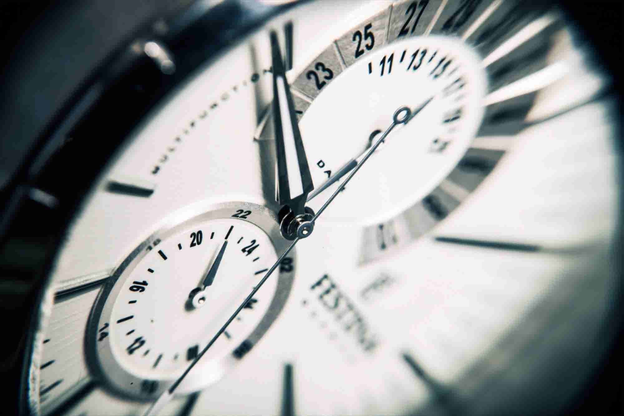 Those Long Hours at the Office Could Increase Your Risk of Heart Disea...