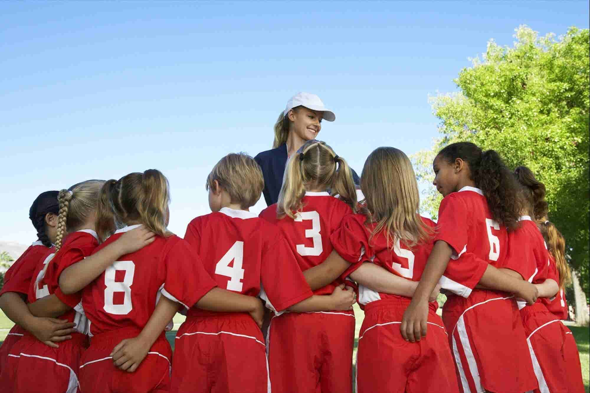 3 Plays Great Coaches Use to Deliver Criticism