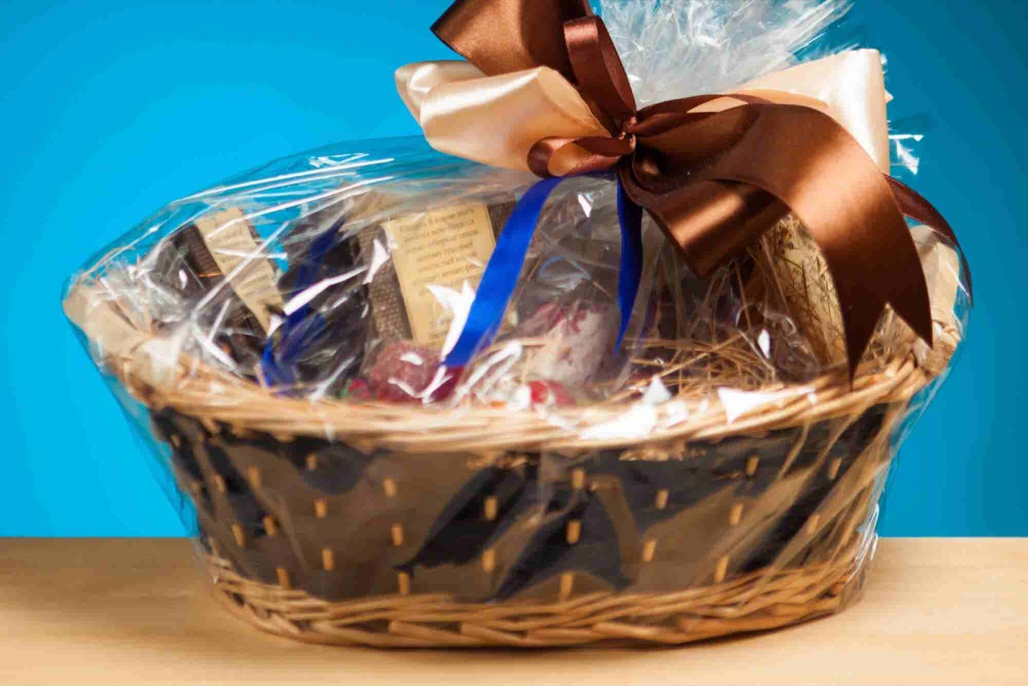 4 Unique Business Holiday Gift Ideas That Outdo Fruitcake