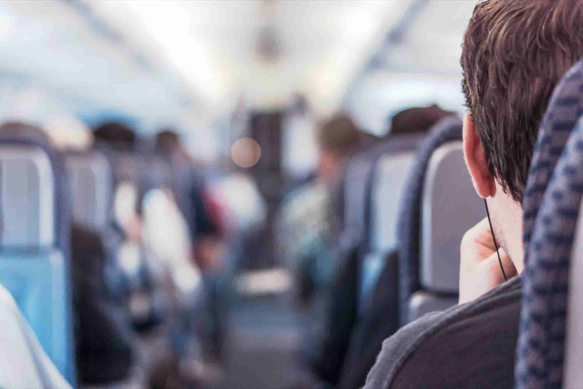 Flashes of Light May Be a Quick Cure for Jet Lag