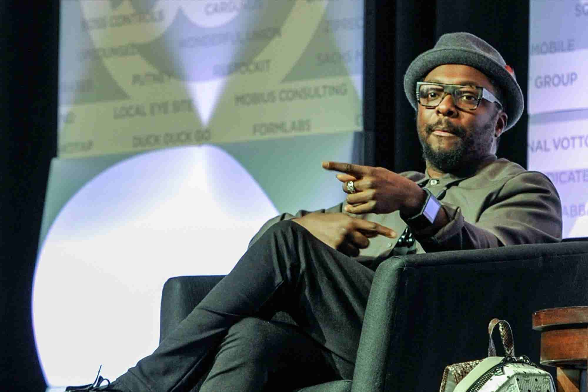 Will.i.am, 'Dumb-thumbing,' and the Perils of Tech Addiction