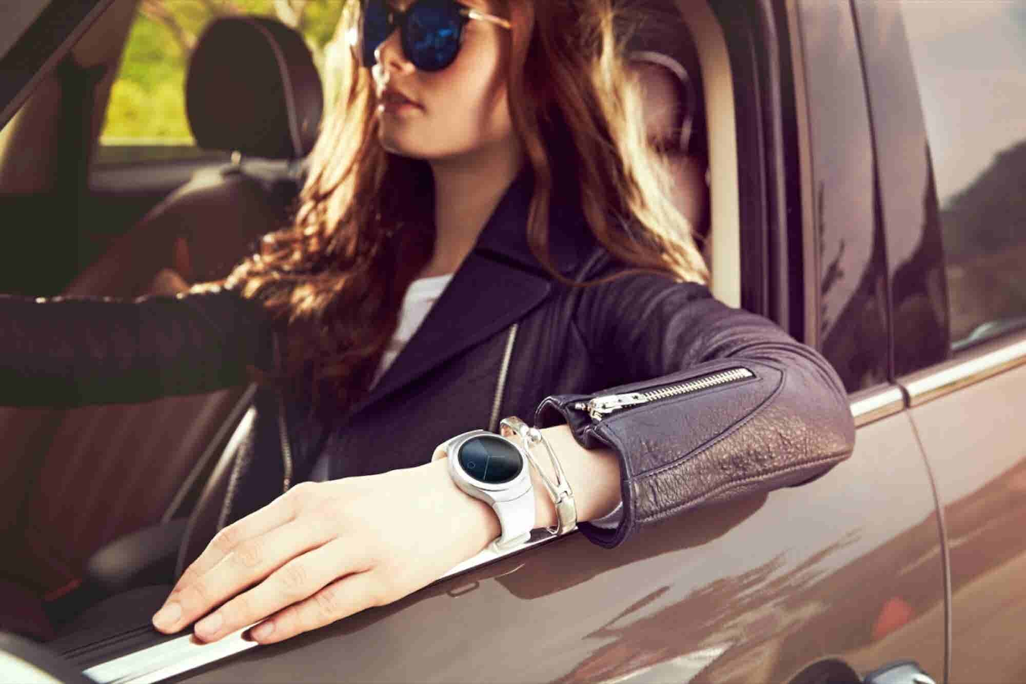 For The Power Player: Samsung Gear S2