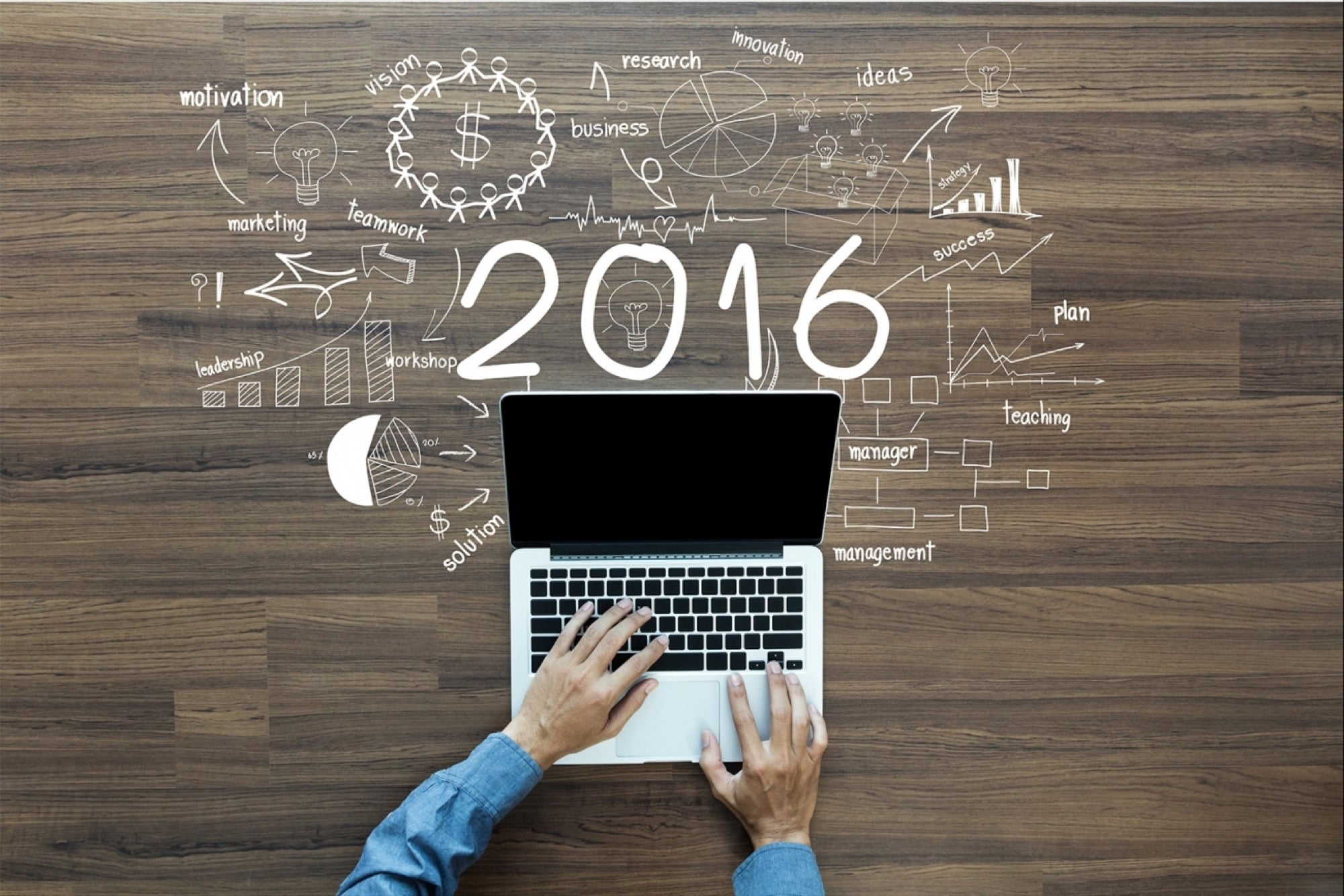 20151229200150-2016-laptop-new-year-crea