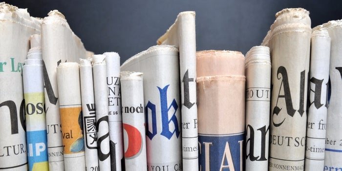 4 Must-Haves for Headlines That Hook Readers