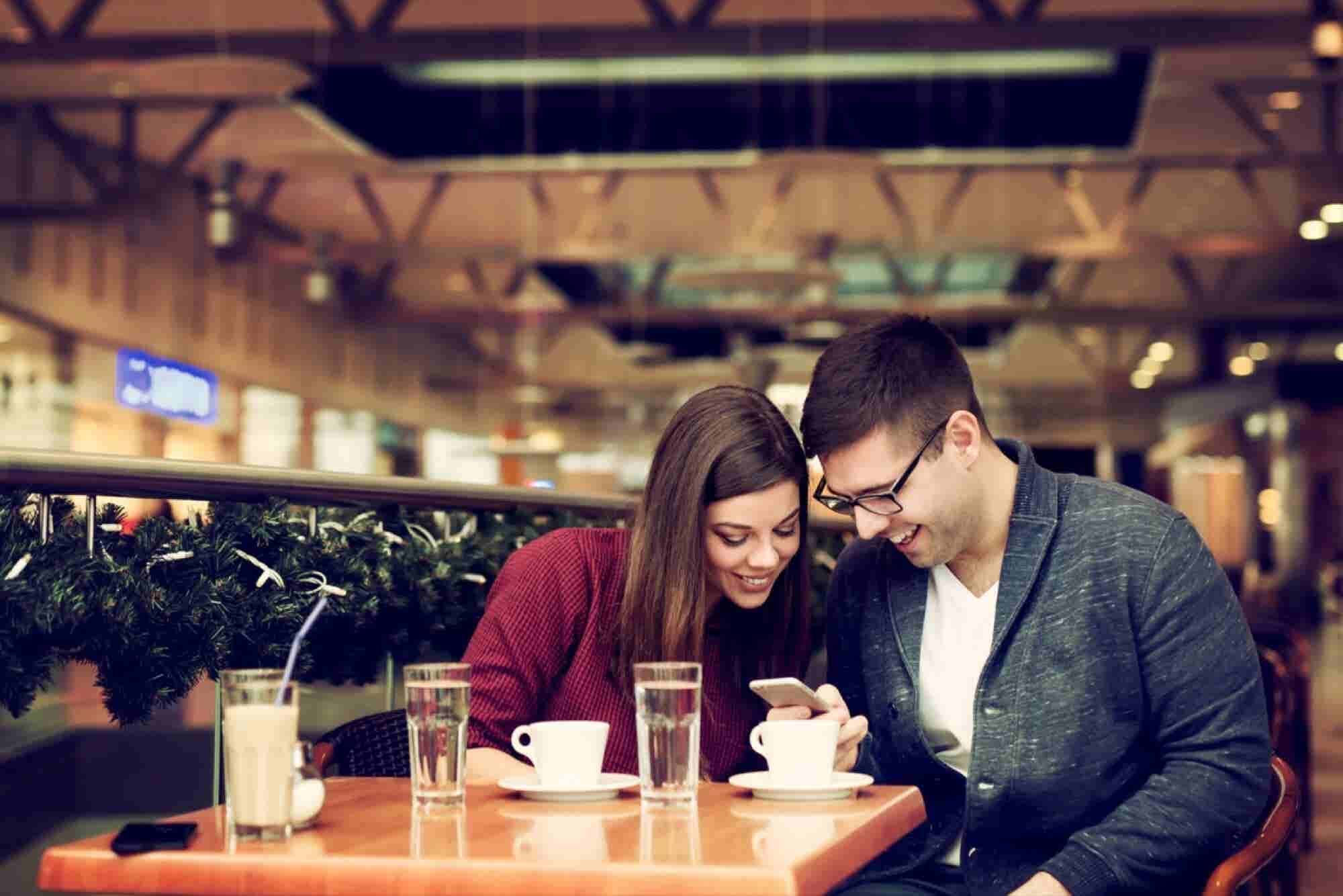 5 Ways Raising Money Is Just Like Asking for a Date
