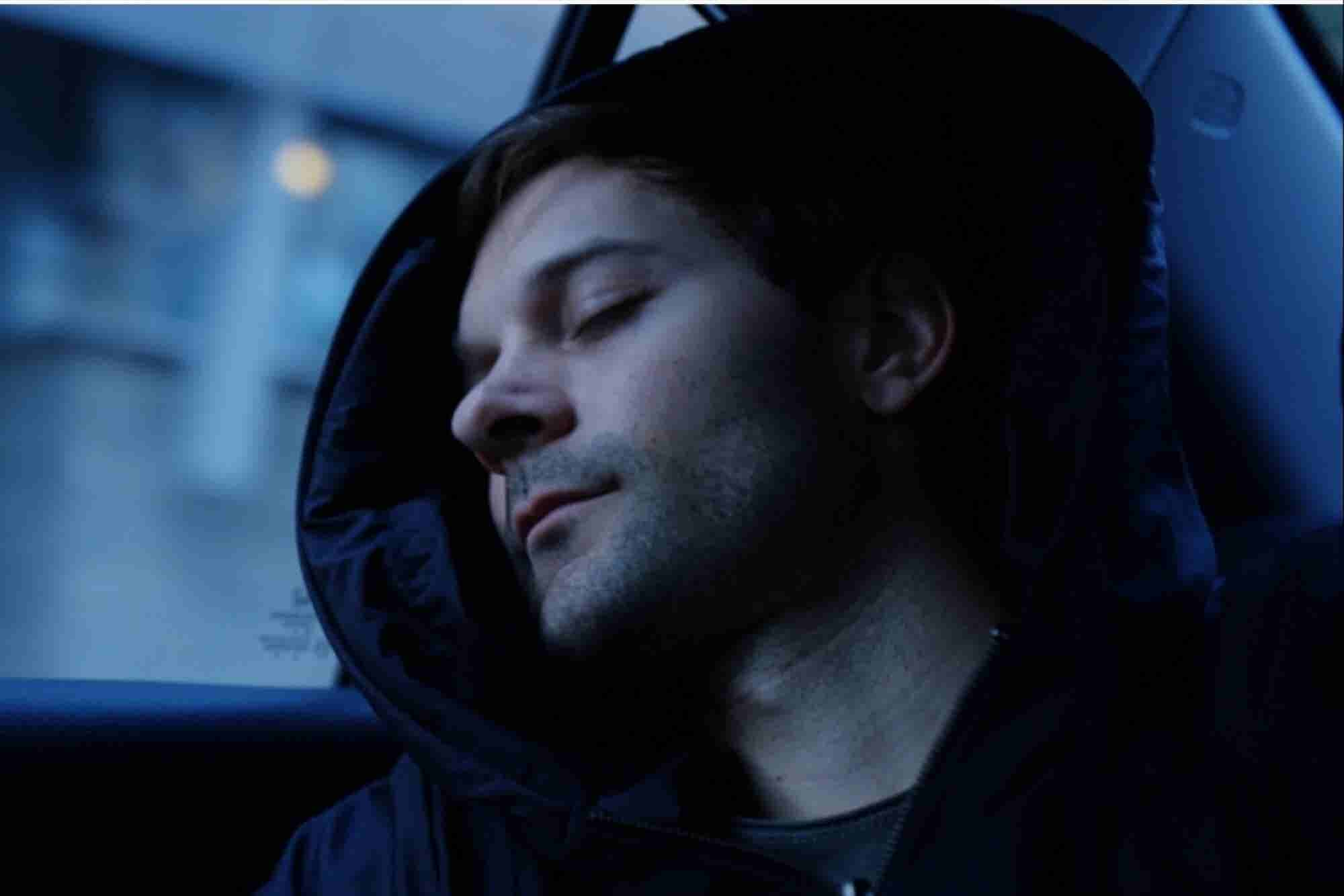 This Hipster Hoodie That Hides a Pillow Is a Sleeper Hit on Kickstarter