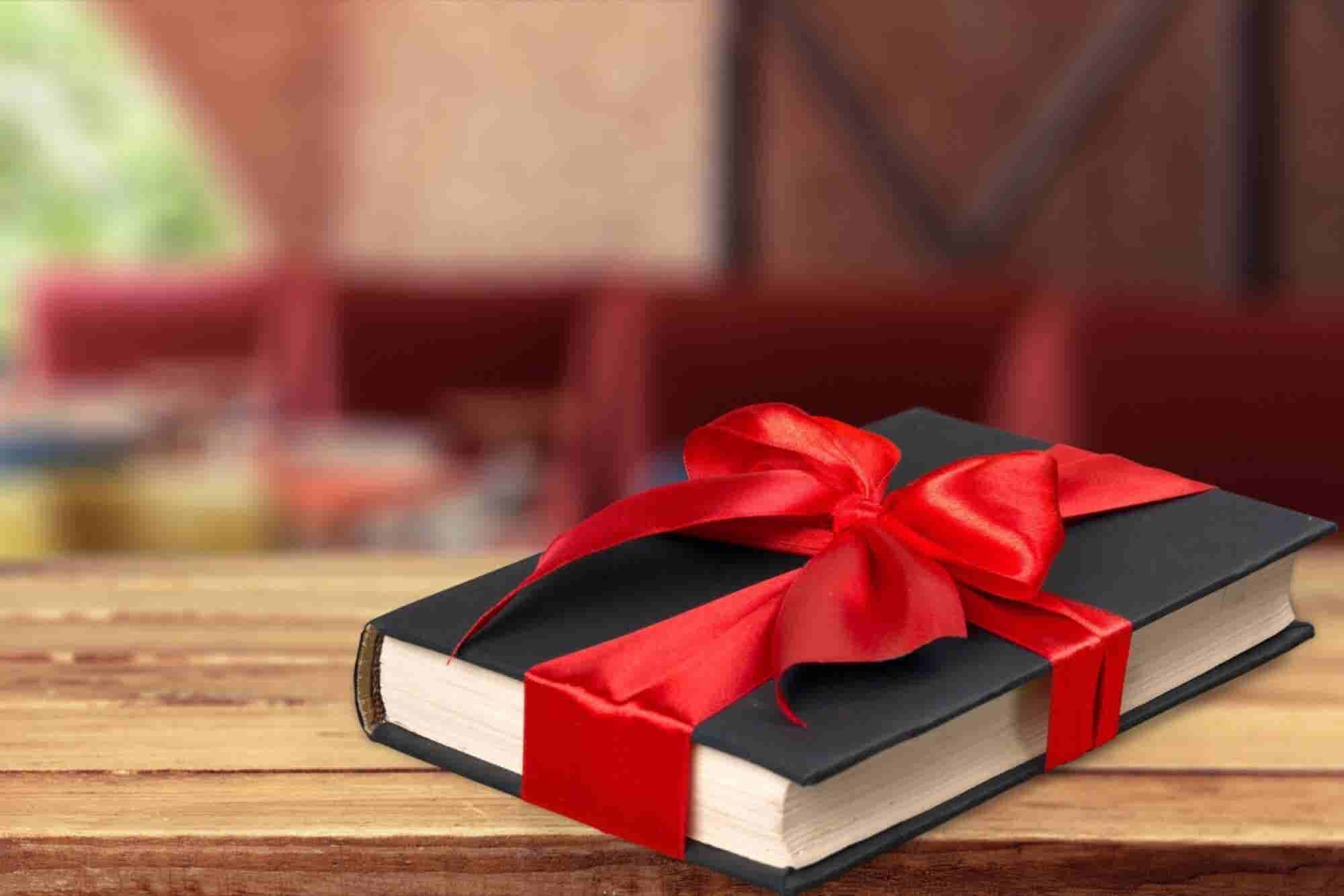 Do's and Don'ts for Client Gifts Over the Holidays