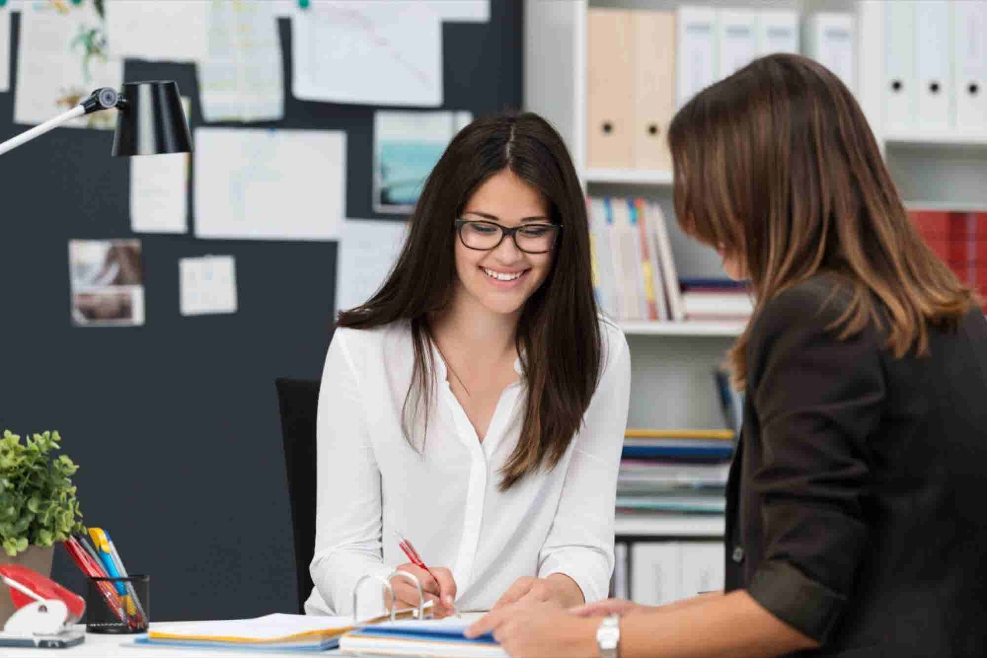 Why Working Women Need to Mentor Other Women