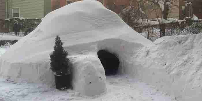 Airbnb Deletes Listing for $200 Igloo Constructed During Winter Storm Jonas