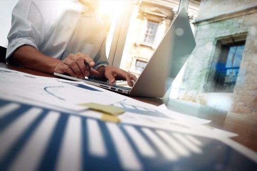 How Successful Entrepreneurs Predict the Future