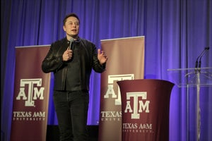 MIT Students Win Hyperloop Competition, Where Musk Makes Surprise Appearance
