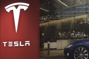 3 Things You Can Learn From Tesla's Rollercoaster Year
