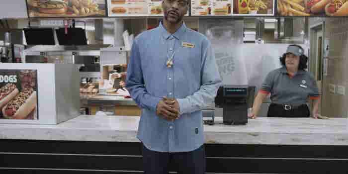 Snoop Dogg Teaches Burger King Staff How to Make Hot Dogs in New Training Video