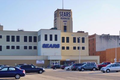 Sears Eyes Quick Rollout of Small Stores if Test Is Successful