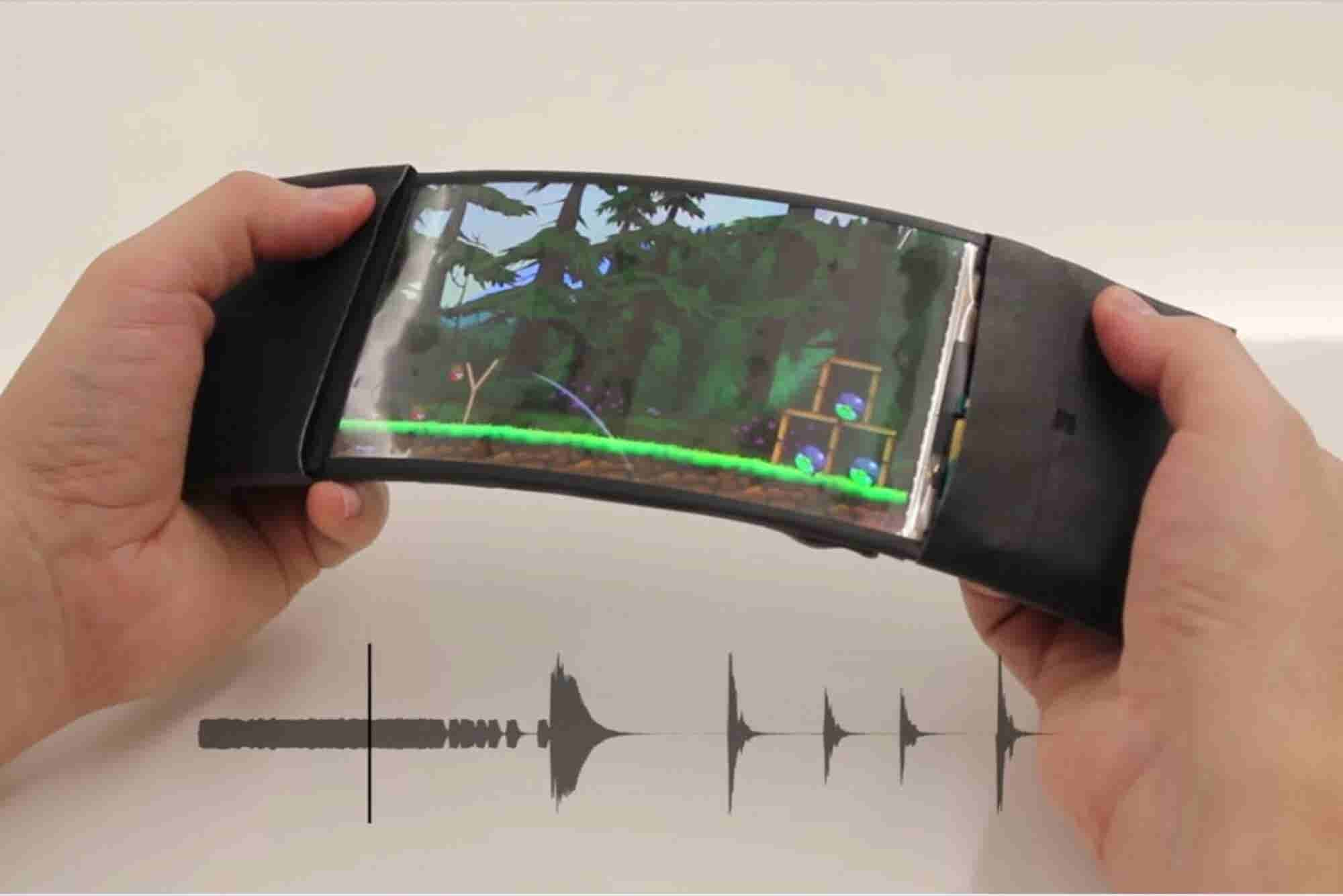 Flexible Smartphones May Be Coming Sooner Than You Think