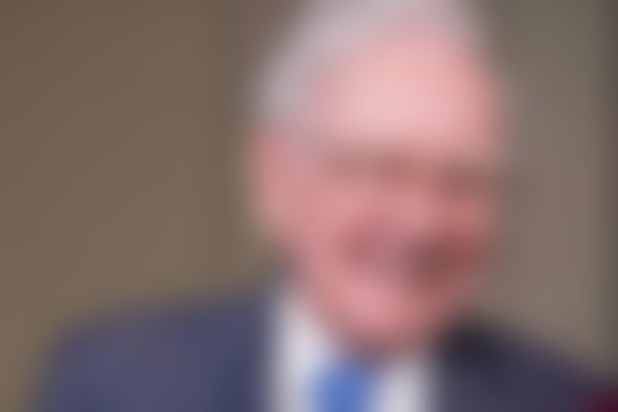 Lecciones de Warren Buffet a Trump