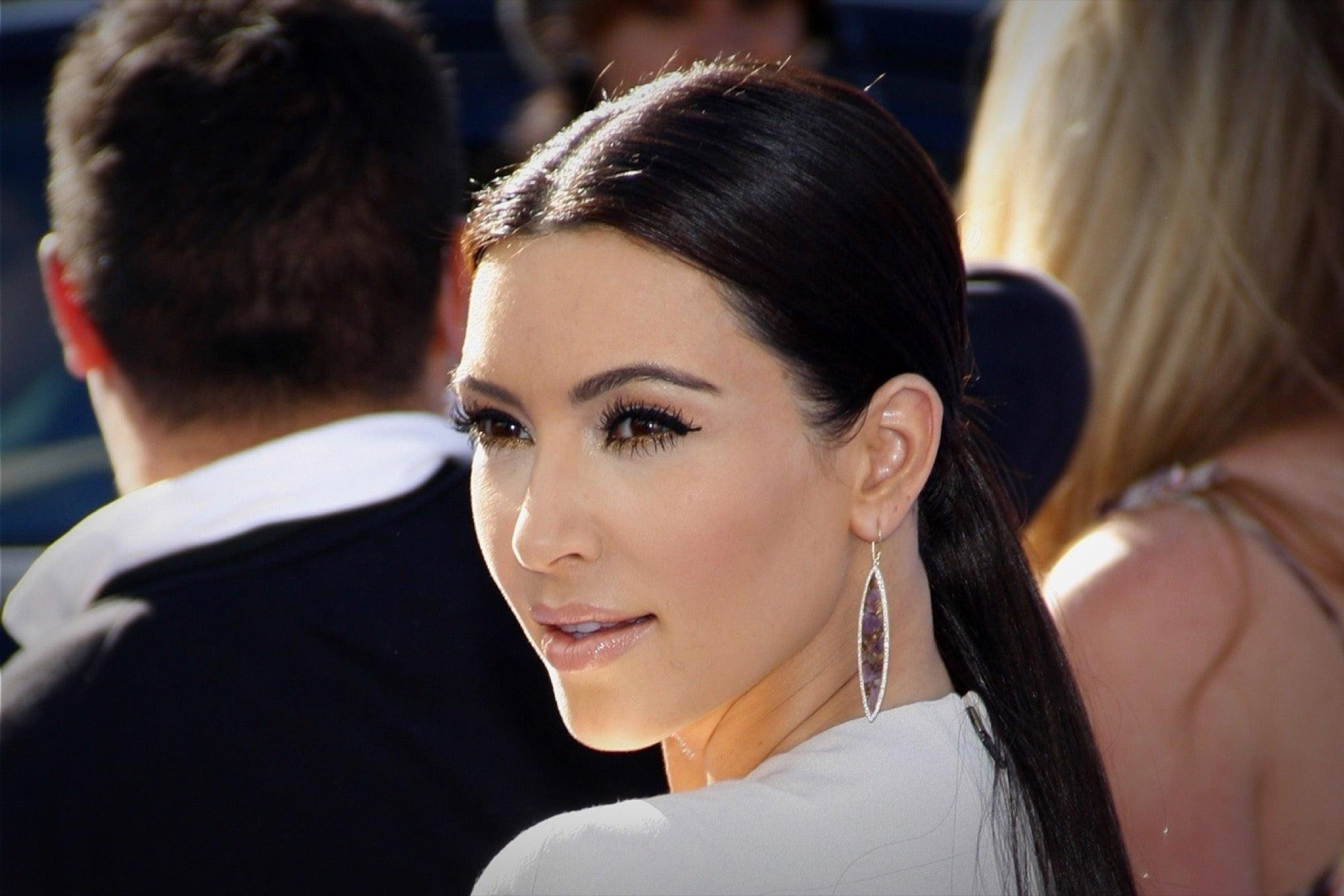 kim kardashian hollywood z 2000 roku