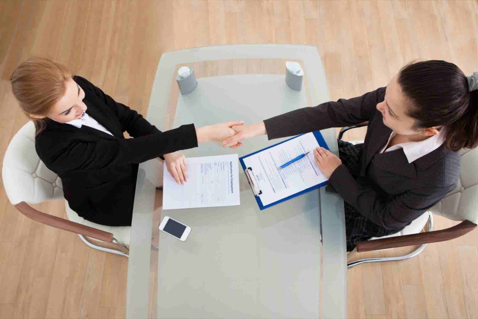 When Hiring, Give Negative References More Weight