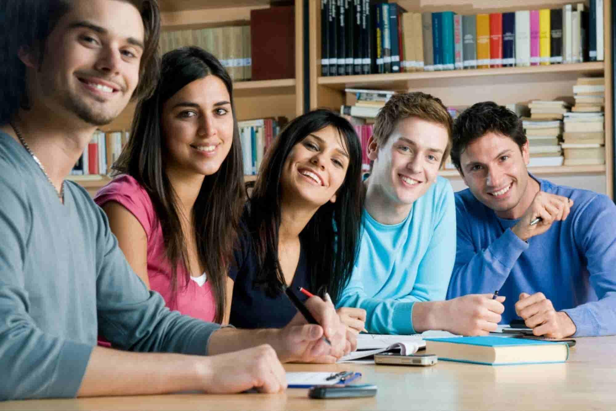 9 negocios que puedes empezar en la universidad