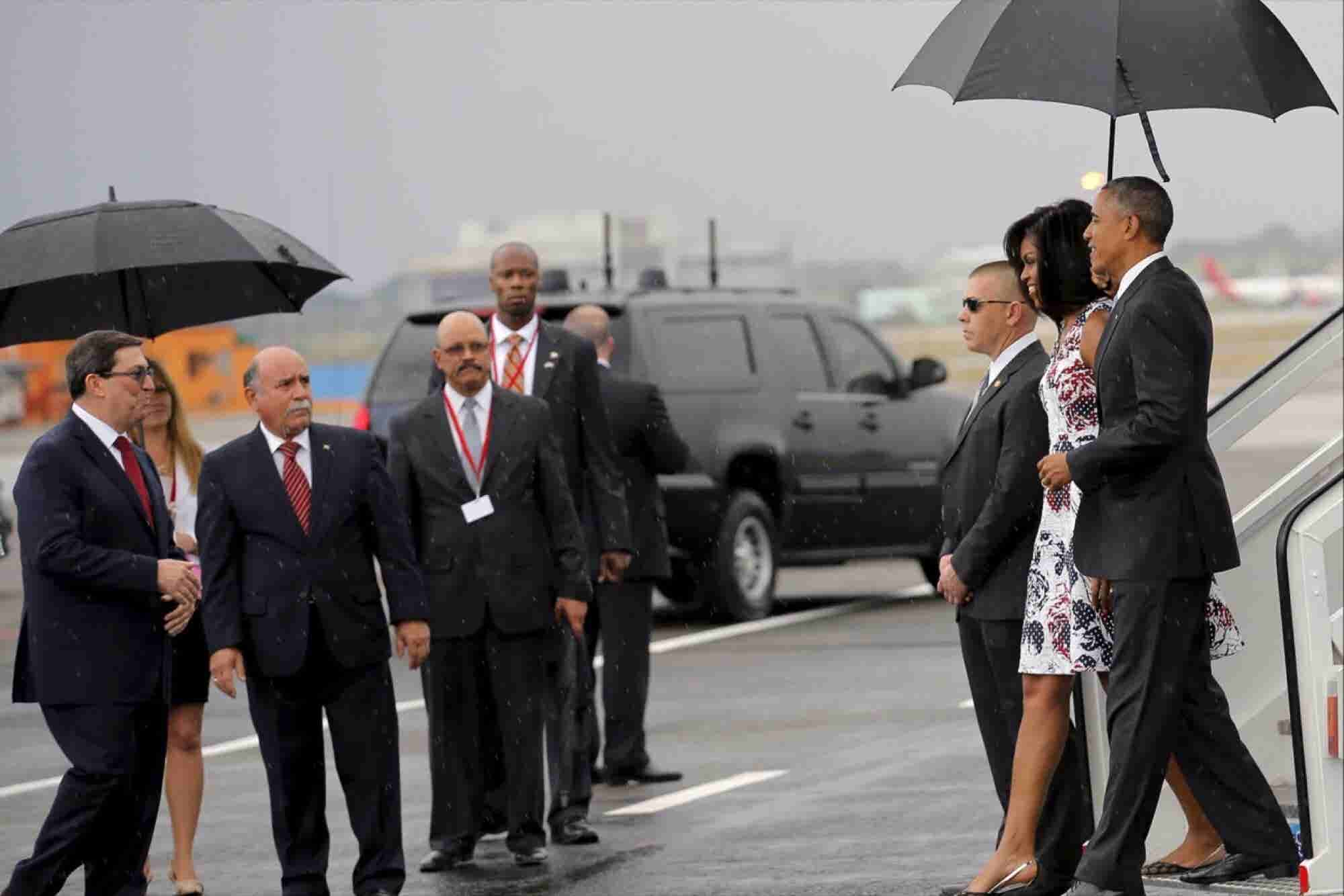 Obama Arrives in Cuba on Historic Visit
