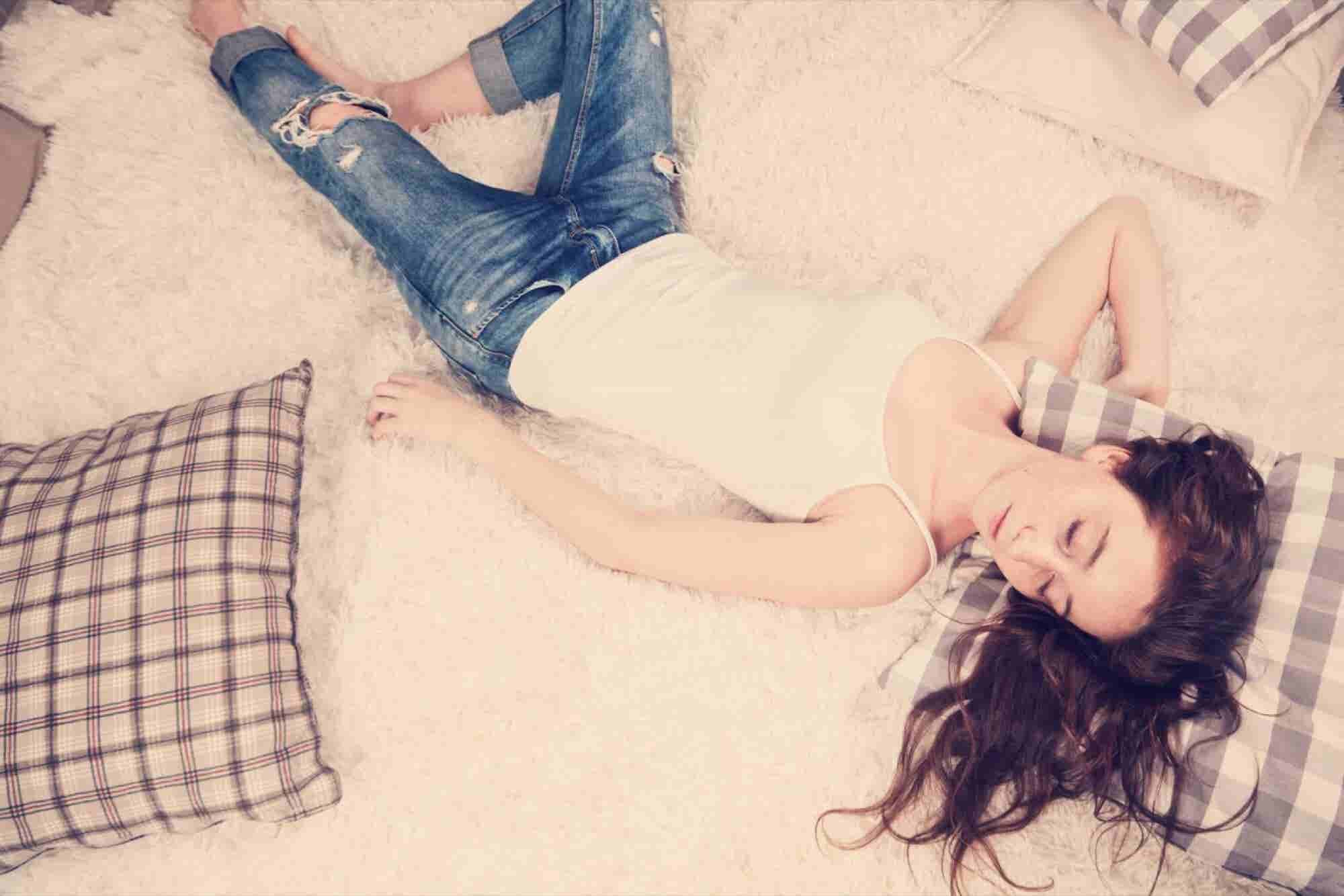 Rest Well, Live Well: 10 Sleep Hacks to Help You Live Your Best Life