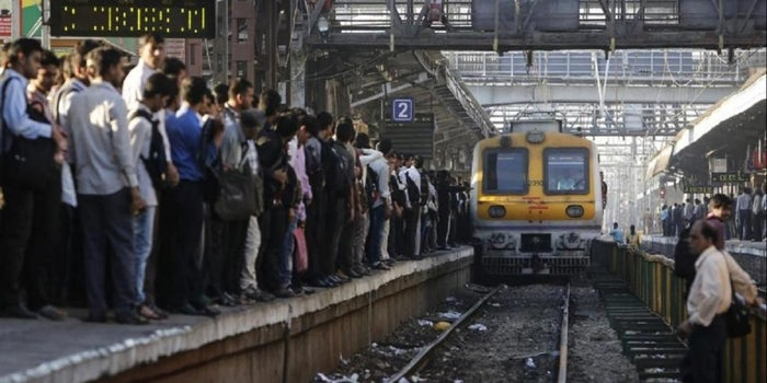 """The Truth: The """"Fastest Train"""" of India Isn't Really That Fast at All"""