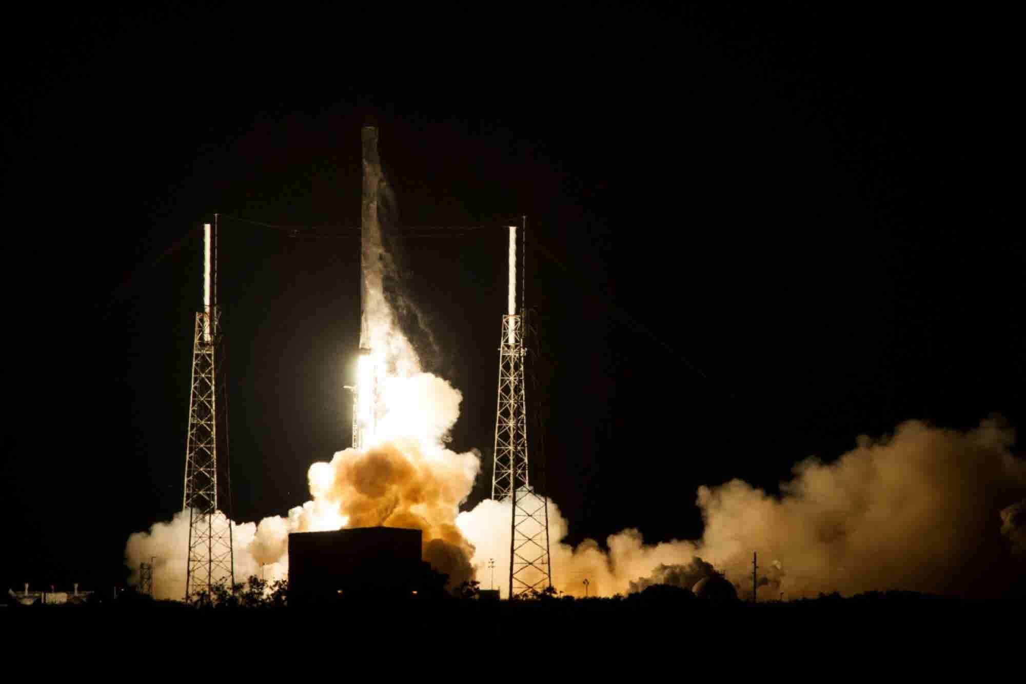 SpaceX Achieves First Successful Rocket Landing at Sea