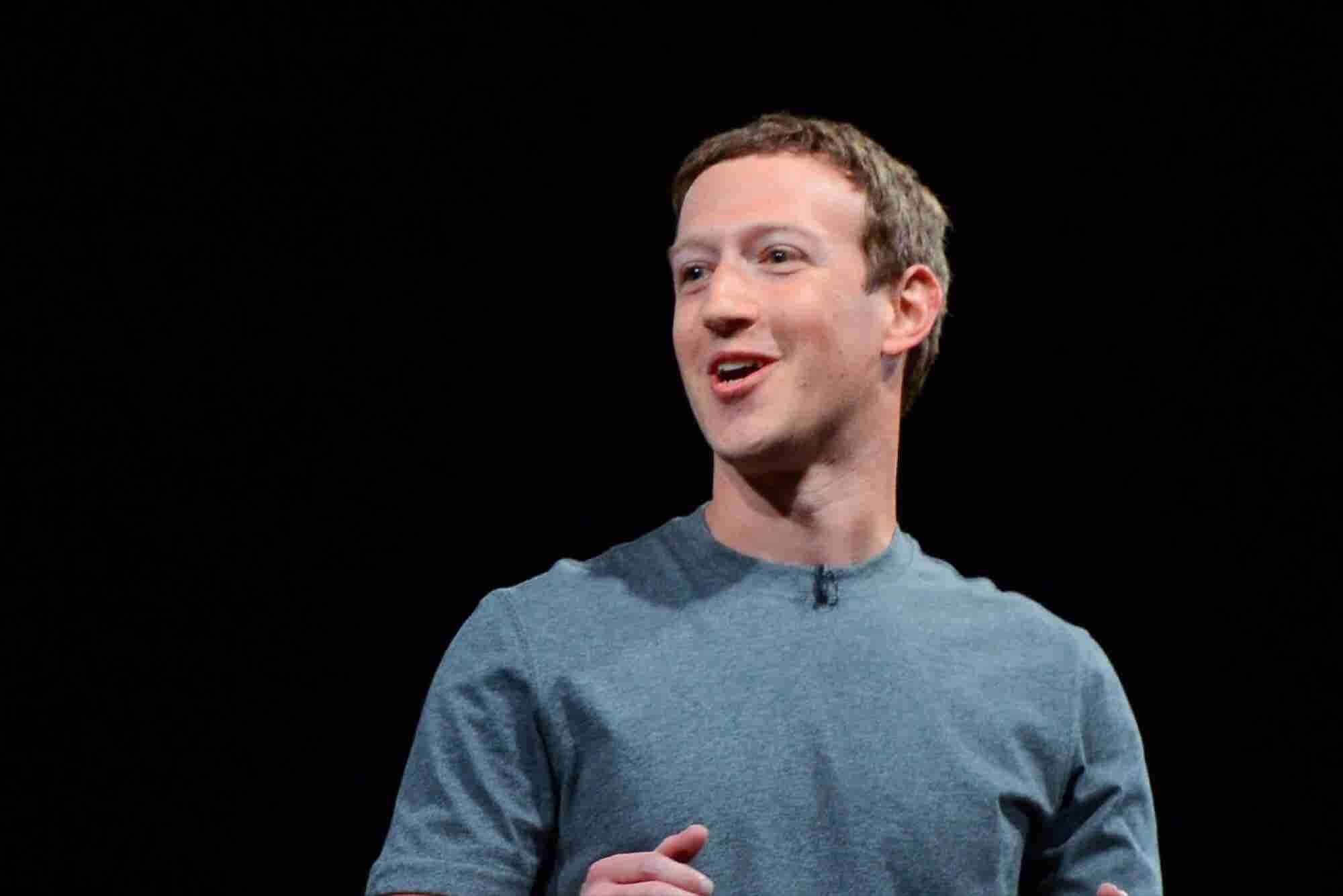 Facebook Smashes Revenue Expectations as Mobile Ad Sales Surge