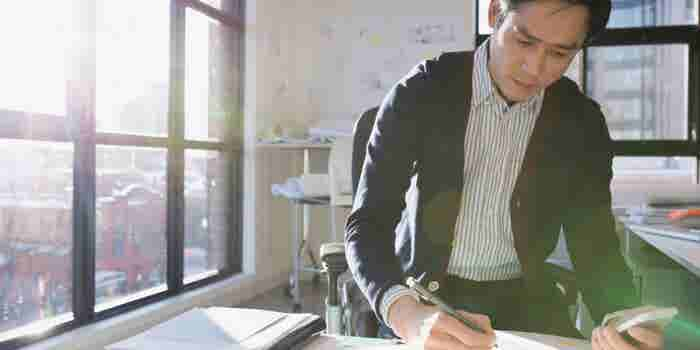 The Right and Wrong Way to Write Useful Thought Leadership Content
