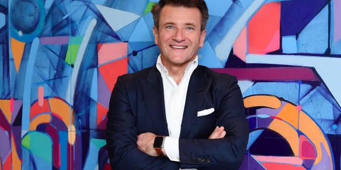 Robert Herjavec: 'If You're Worried About Burning Out, Don't Start a Business'