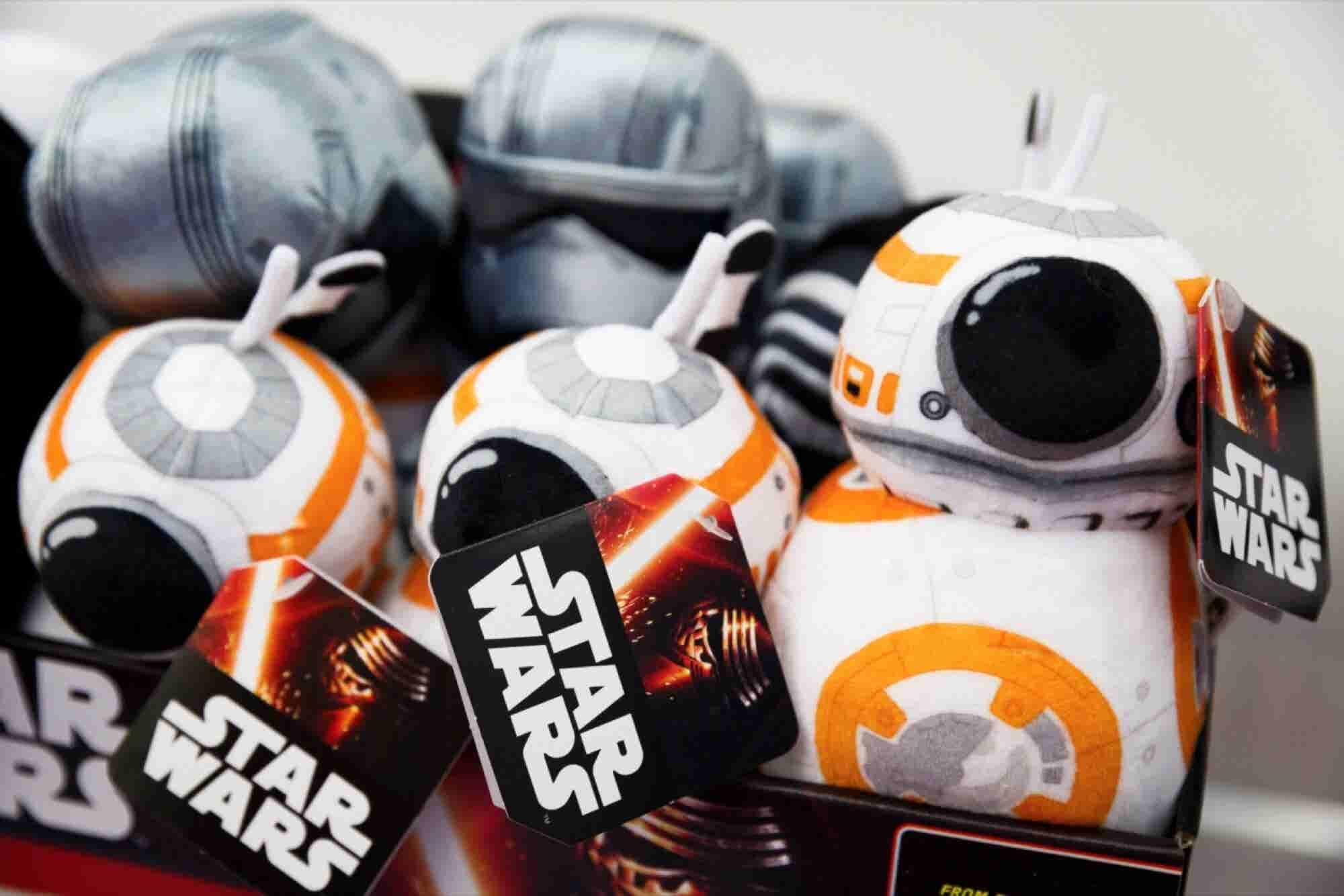 Let's Talk About 'Star Wars' -- That Franchising Juggernaut