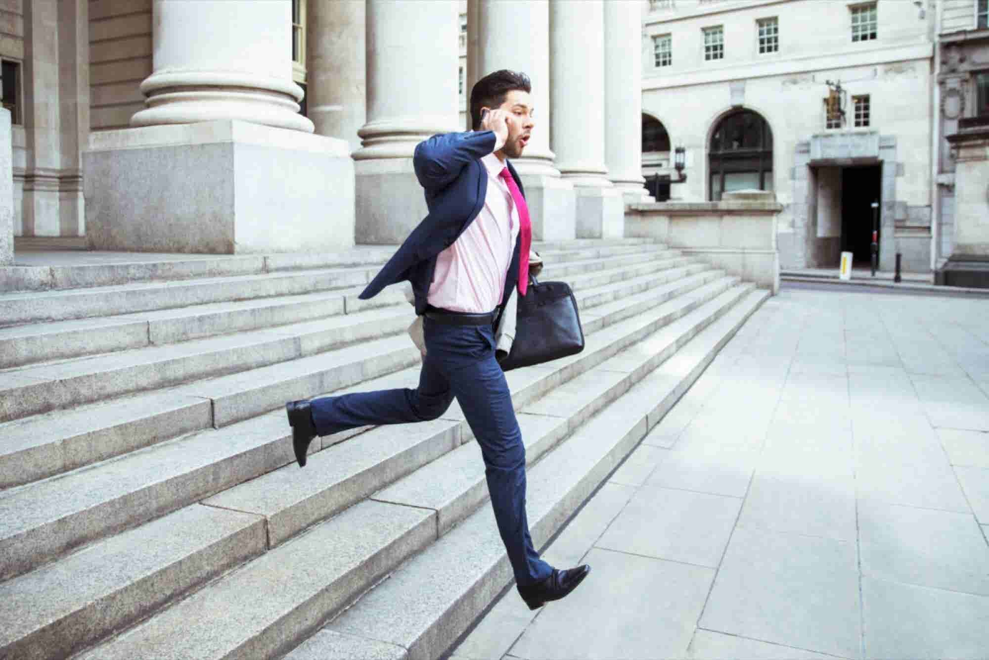 How to Start a Side Hustle Without Quitting Your Day Job
