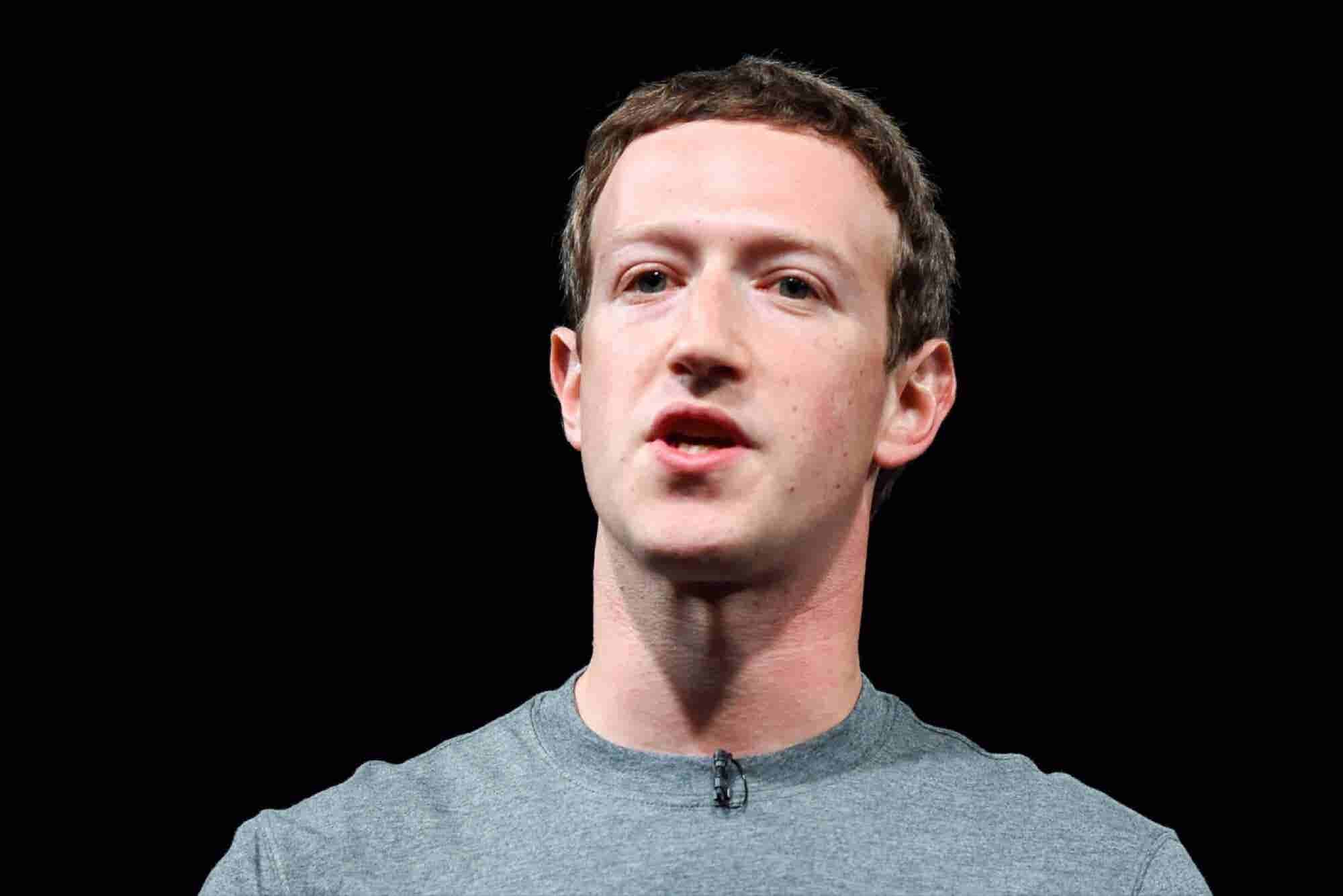 Facebook CEO Urges Brazilians to Decry WhatsApp Block