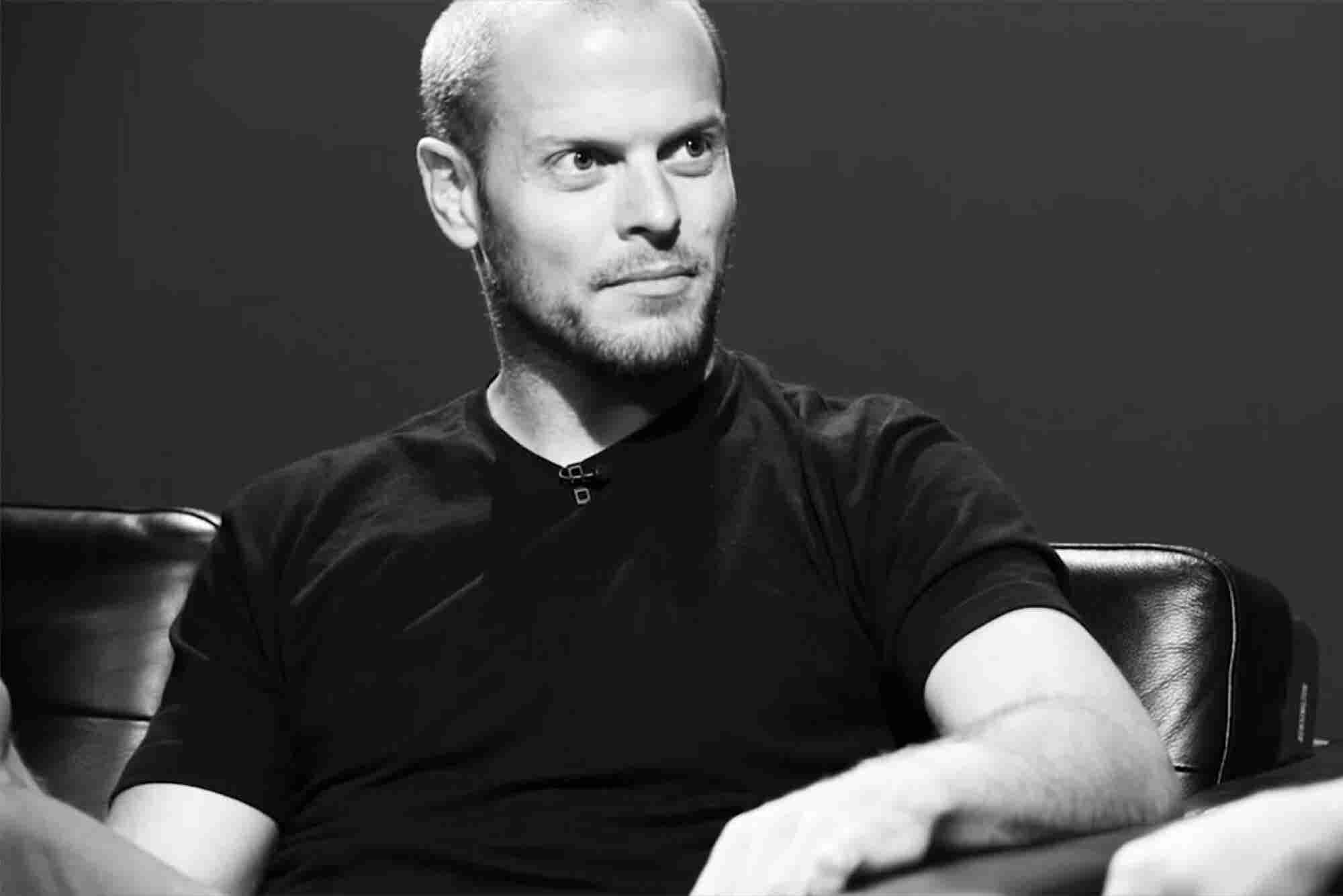 The Tim Ferriss Approach to Setting Goals: Rig the Game so You Win